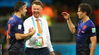 Dutch manager Louis van Gaal with Robin van Persie (left) and Daryl Janmaat