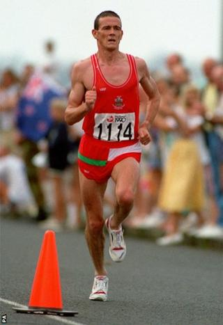 Auckland 1990: Steve Jones missed out on a medal in the marathon, finishing fourth.