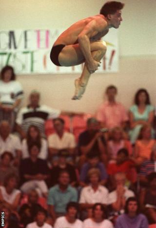 Auckland 1990: Bob Morgan during his gold medal winning performance in the 10m platform.
