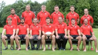 Wales seven squad photograph ahead of Glasgow