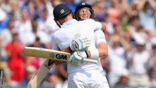England's Joe Root and James Anderson