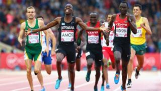 Botswana's Nijel Amos celebrates as he wins the 800m at the 2014 Commonwealth Games in Glasgow