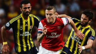 Arsenal beat Fenerbahce in the Champions League qualifiers in 2013