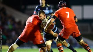 Sam Warburton has not been able to play for Cardiff Blues in pre-season before the Leicester game because of the row between the regions and the WRU