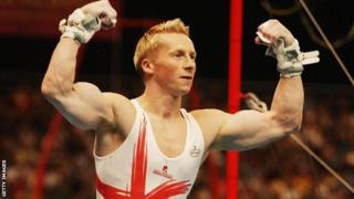 Craig Heap celebrates after becoming Commonwealth champion in 2002
