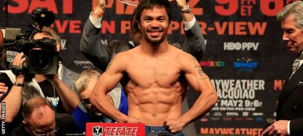 Pacquiao shows off his toned body