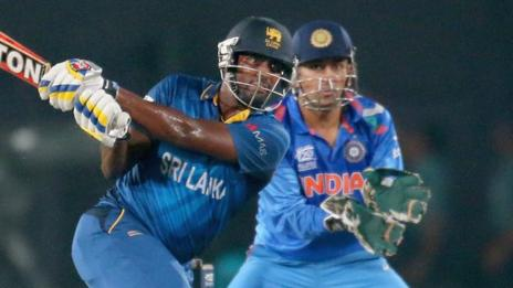 Sri Lanka's Thisara Perera and India's MS Dhoni