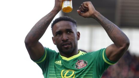 Jermain Defoe celebrates Sunderland's point