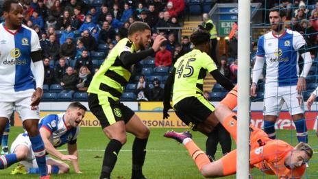 On-loan Chelsea midfielder Kasey Palmer scored from close range to put Huddersfield Town ahead at Blackburn