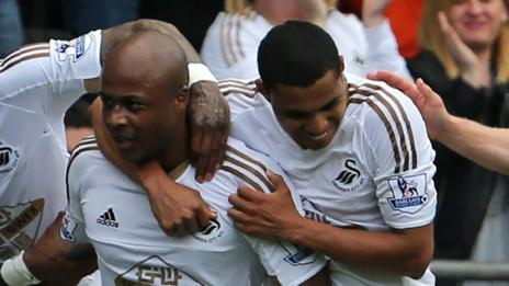 Andre Ayew scores against Man City