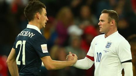 Wayne Rooney, Laurent Koscielny