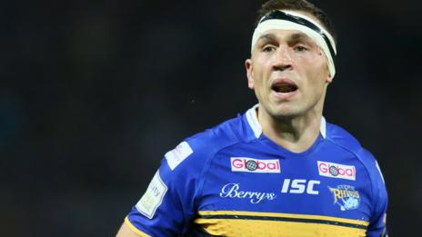 Kevin Sinfield in action for Leeds Rhinos