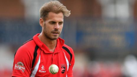 Ollie Freckingham in action for Leicestershire