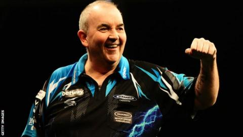 Phil Taylor sets up World Matchplay final with Peter Wright in Blackpool