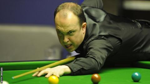 O'Brien wins longest ever frame to qualify