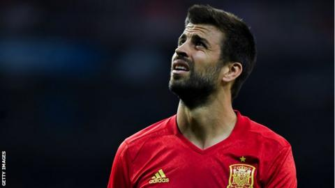 Barcelona's Gerard Pique prepared to quit Spain national team over Catalonia vote
