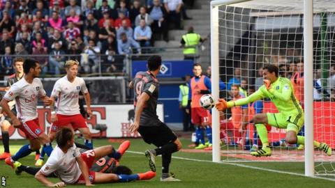 Bayern leaves it late to beat Hamburg in Bundesliga