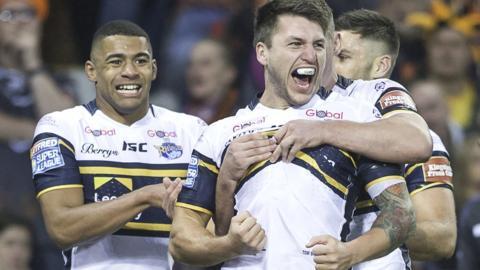 Leeds Rhinos celebrate a try