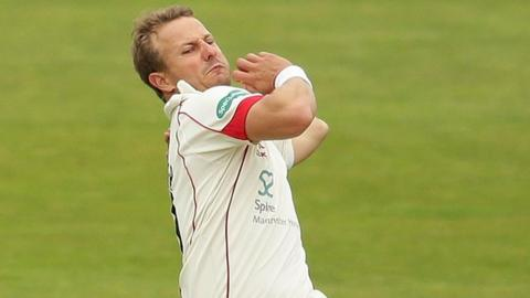 In his first Roses match Neil Wagner took 4-71 to follow his 4-75 in the Yorkshire first innings