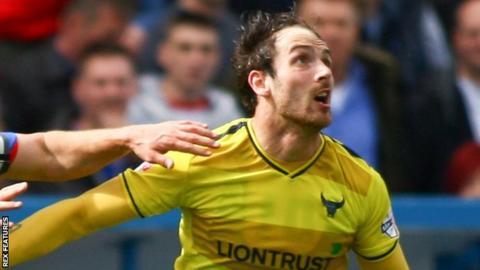 Oxford United striker Danny Hylton