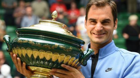 Roger Federer wins Halle Open