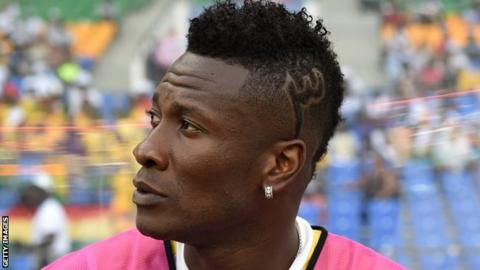 Asamoah Gyan Ghanaian striker gets warning for his 'unethical hair'