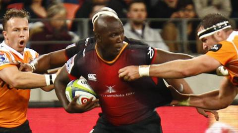 Thembelani Bholi (centre) of the Southern Kings during the Super Rugby match against Cheetahs