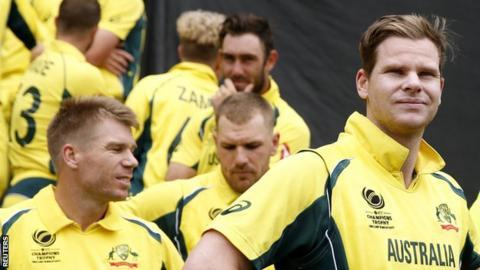 Australia captain Steve Smith (right) and team-mates