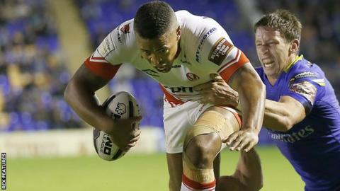 Jordan Turner scores at try for St Helens