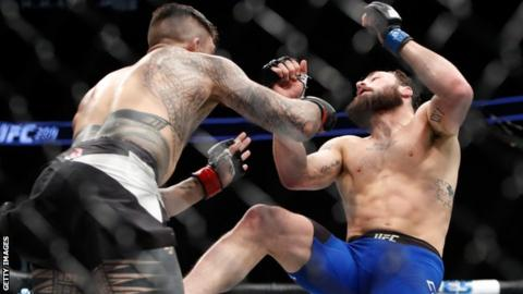 Tyson Pedro fells Paul Craig