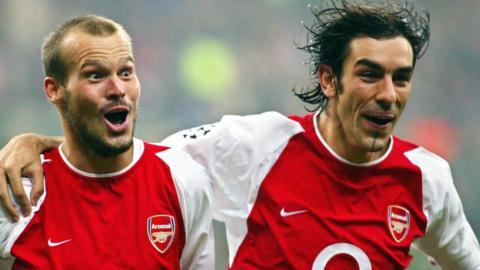 Arsenal's Freddie Ljungberg and Robert Pires