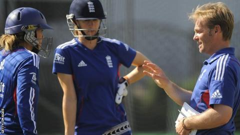 Paul Shaw, England Women's head of performance, coaching England's batsmen