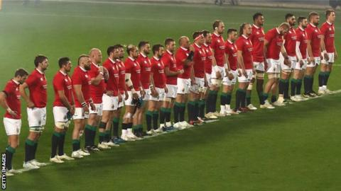 Sir Clive Woodward backs Lions forwards to lead them to victory