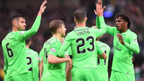 Lustig celebrates