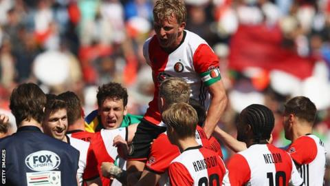 Dirk Kuyt retires after Feyenoord title win