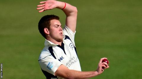 Middlesex v Yorkshire: Ryan Higgins helps put champions on ...