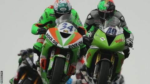 Alastair Seeley moves into an early lead in the Supersport race on Saturday