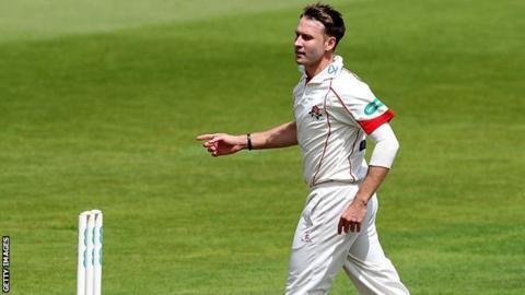 Lancashire fast bowler Kyle Jarvis