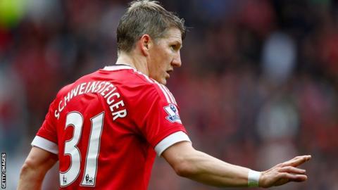 Schweinsteiger left out of Man United's Europa League squad