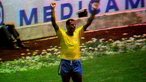 Carlos Alberto celebrates