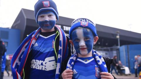 Young Ipswich fans
