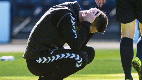 Clyde manager Barry Ferguson shows his disappointment