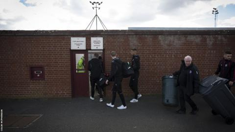 Players and staff arrive at Gayfield