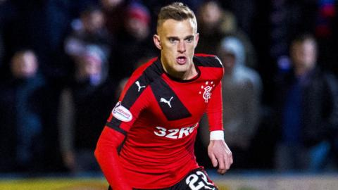 Dean Shiels in action for Rangers