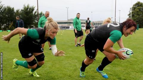 Ireland captain Claire Molloy (l) and Lindsay Peat (r) training at UCD.