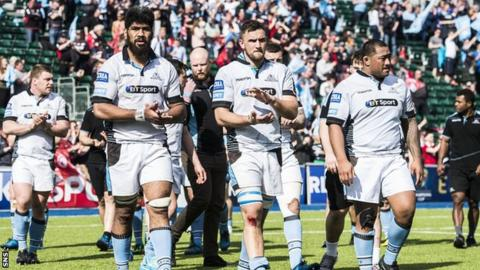 Glasgow Warriors players after losing to Saracens