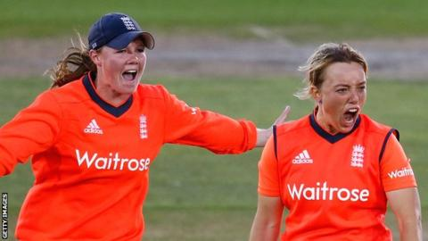 Anya Shrubsole and Danielle Hazell