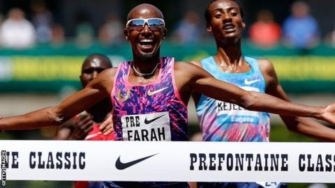 Mo Farah celebrates in Oregon