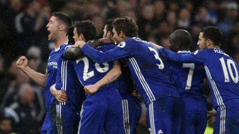 Chelsea celebrate Pedro's goal