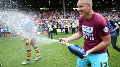 Paul Robinson celebration